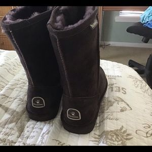 Bear paw lined boots. Wore one time.